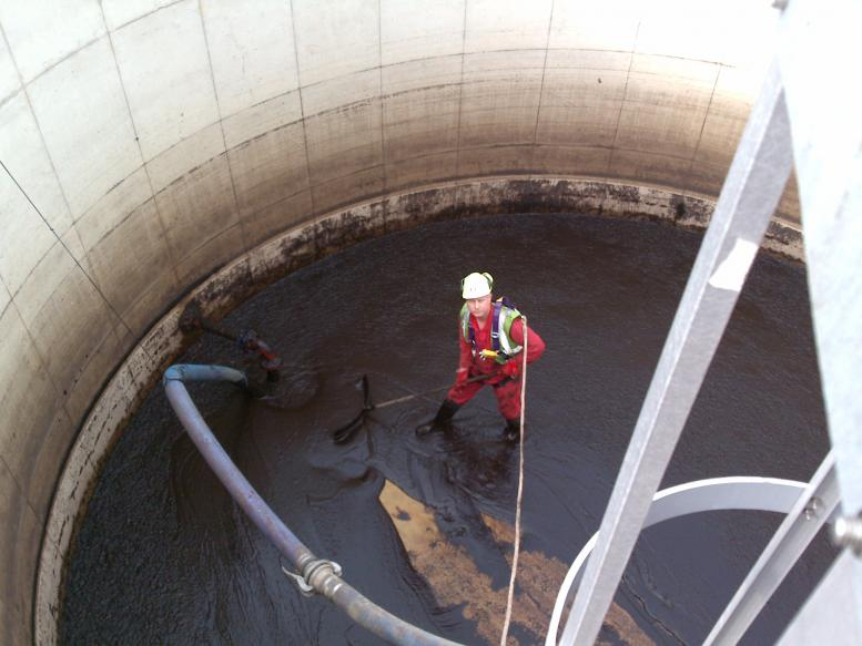 Leachate Removal In Sheffield Airload Environmental Ltd