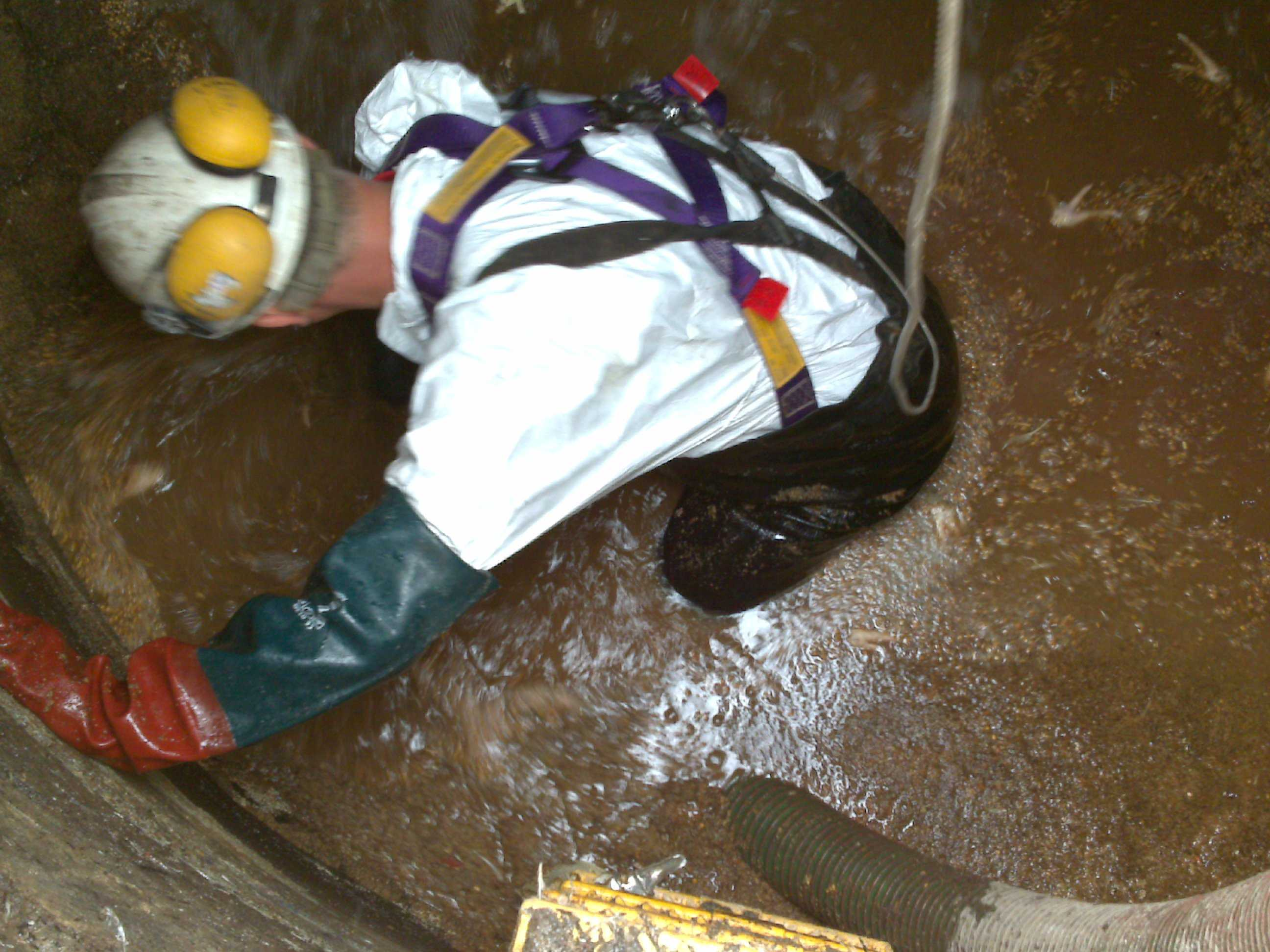 Confined Space Entry | Airload Environmental Ltd